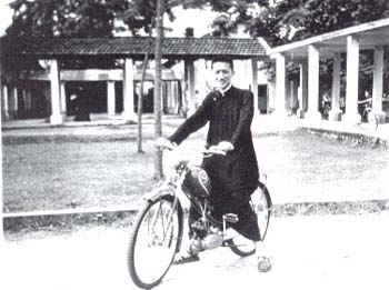 Cardinal Thuan in the seminary
